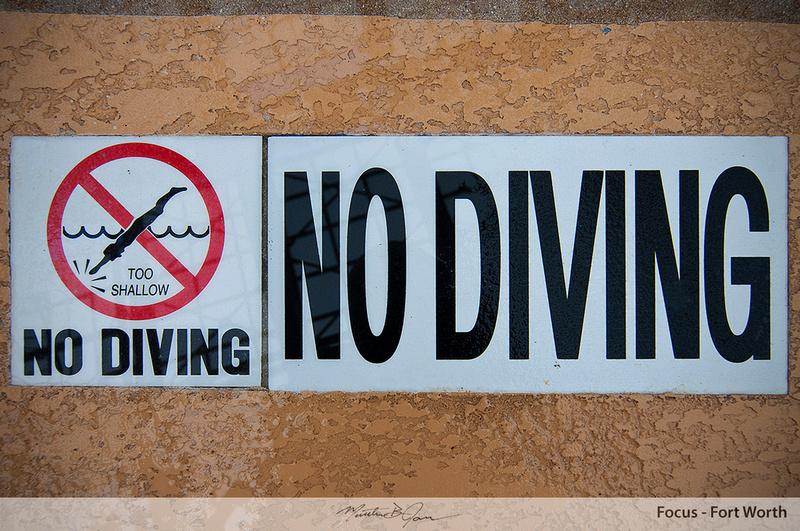 No diving sign