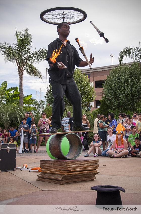 Balance, Juggling fire, Street performer, Street performance